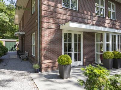 Van Der Helstlaan 22 in Bilthoven 3723 EW