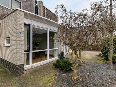 Aardbeienstraat 4 in Almere 1326 HK