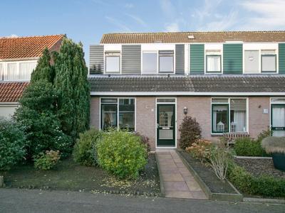 Schooldijkje 18 in Leeuwarden 8934 BN