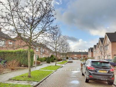 Rietdekkersstraat 16 in Kerkdriel 5331 VT