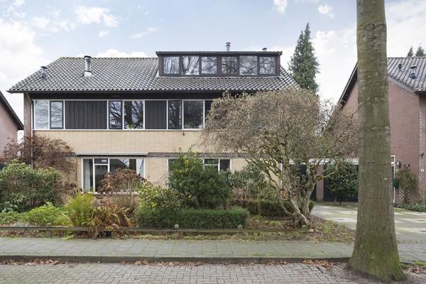 Ursula Van Raesfeltlaan 35 in De Steeg 6994 BA