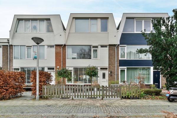 Bourgondischelaan 15 in Amstelveen 1181 DC