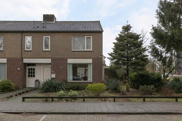 Van Leeuwenhoeklaan 93 in Oosterhout 4904 KP