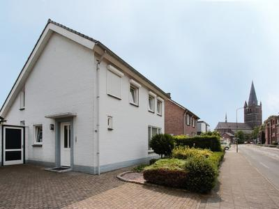 Kapelaniestraat 14 in Nederweert 6031 BX