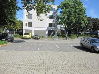 Ruimtevaartbaan 123 in IJsselstein 3402 DM