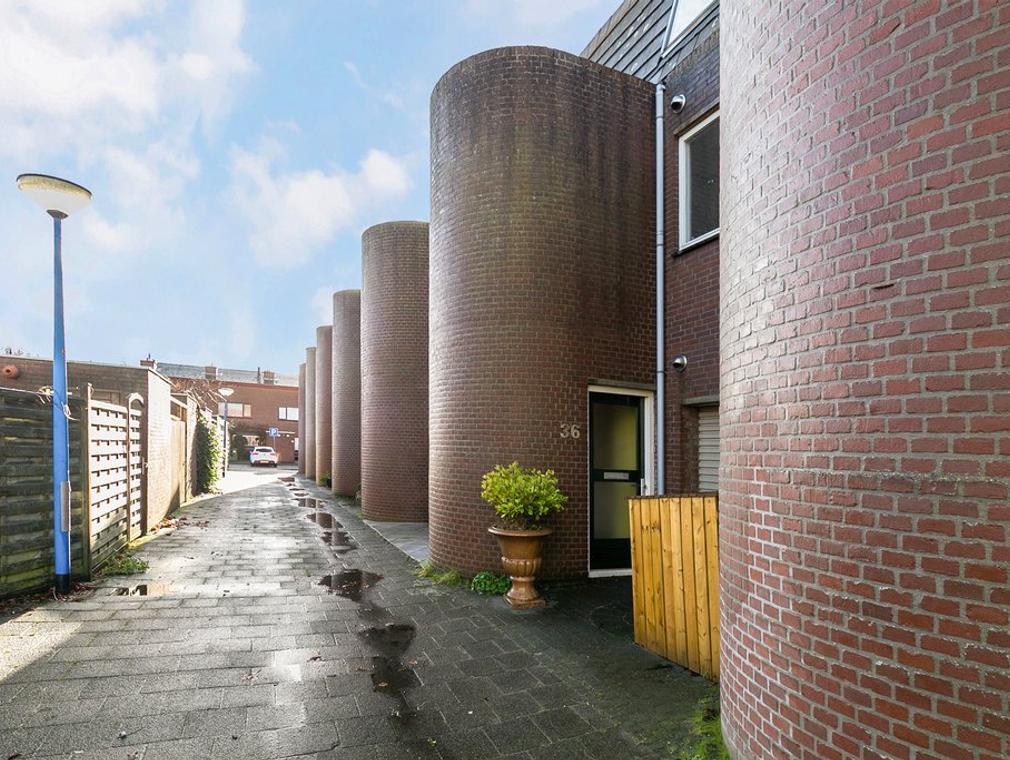 Wassenaer Van Obdamstraat 36 in Maassluis 3143 KK
