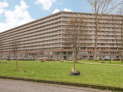 Kleiburg 935 in Amsterdam 1104 EA