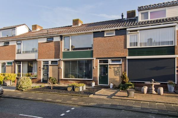 Nassaustraat 6 in Arkel 4241 AK
