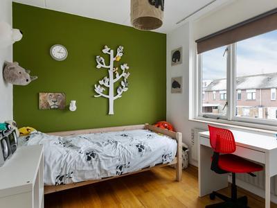 Zwaluwenveld 5 in Emmen 7827 PG