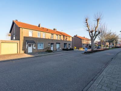 Arnoldenstraat 2 in Stein 6171 NE