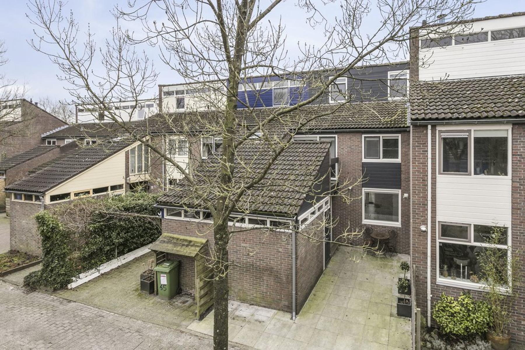 Fioringras 67 in Leeuwarden 8935 BP