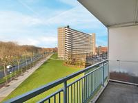 Burgemeester Hogguerstraat 129 in Amsterdam 1064 CL