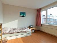 De slaapkamers zijn alle voorzien van een laminaatvloer.
