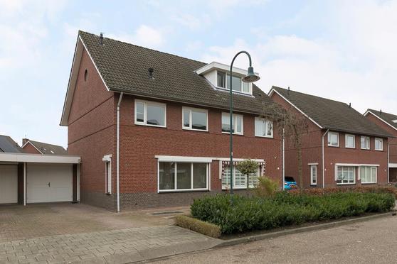 Walenburgweide 20 in Helmond 5709 SN