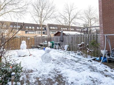 Leden 33 in Nieuw-Vennep 2151 SC