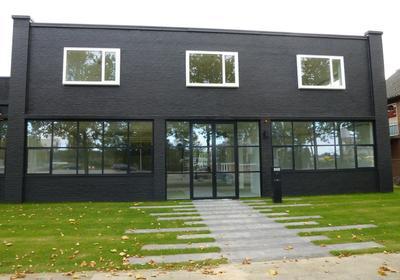 Kantoorruimte met industrïele uitstraling te huur op Bedrijventerrein Isselt te Amersfoort
