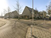 Duvenee 48 in Bergen Op Zoom 4617 NB