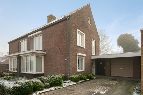 Vezelstraat 12 in Reusel 5541 VN