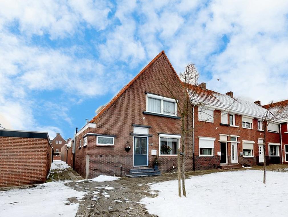 St. Hubertusplein 14 in Heerlen 6414 CK