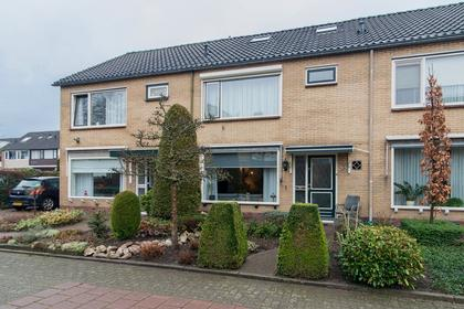 'T Melkhuis 44 in Veenendaal 3902 CW