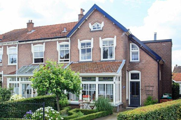 Dokter Holtropstraat 97 in Ermelo 3851 JH