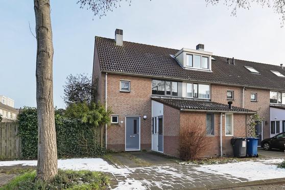 Falstaffstraat 1 in Alkmaar 1827 RP