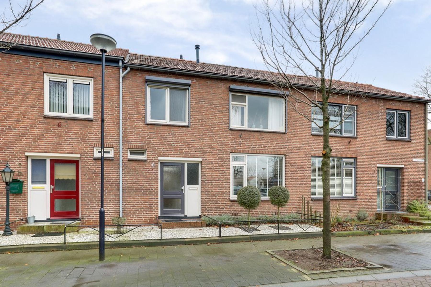 Nieuwlandstraat 4 in Venray 5801 VE