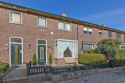 P.M.R. Versteeghstraat 71 in Bussum 1403 RT