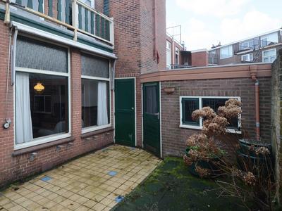 Jan Van Houtstraat 112 - 114 in 'S-Gravenhage 2581 TA