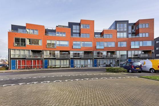 Hemelboog Binnen 101 in Heerhugowaard 1705 SL