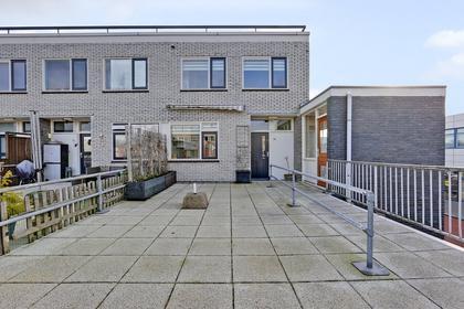 Ruusbroechof 74 in Alkmaar 1813 BE