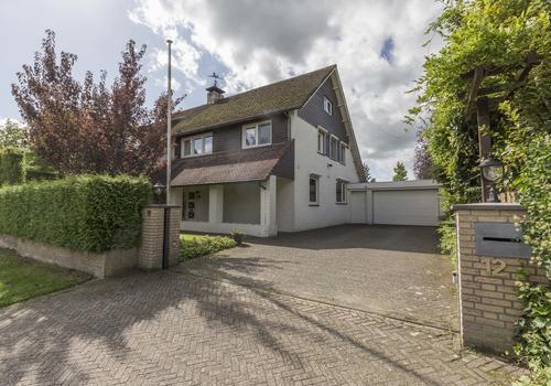 Burg. Versterstraat 12 in Helvoirt 5268 BS