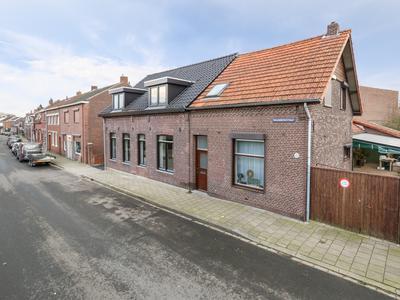 Maasbreesestraat 73 in Venlo 5921 EJ