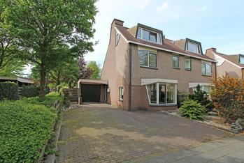 Stinzenlaan 8 in Breukelen 3621 RD