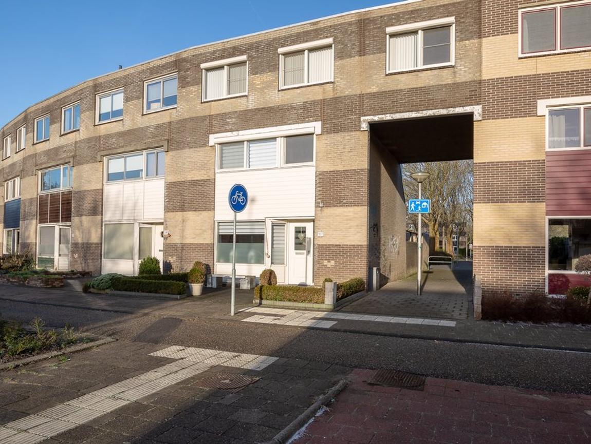 Binkhorst 107 in Alphen Aan Den Rijn 2402 ME