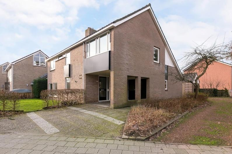 Thorbeckestraat 16 A in Zuidhorn 9801 KC