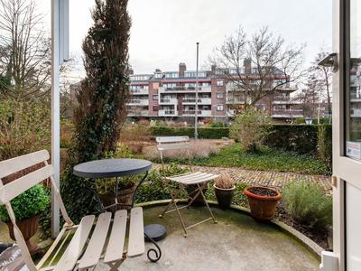 Louise De Colignylaan 324 in Rotterdam 3062 HN