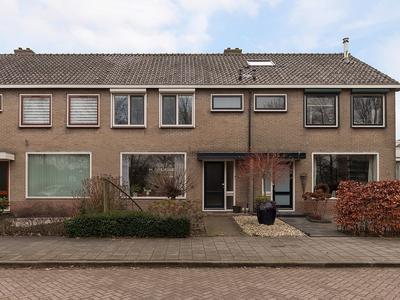 Roemer Visscherstraat 15 in Alblasserdam 2951 TH
