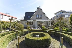 Theo Van Doesburglaan 15 in Oegstgeest 2343 LR