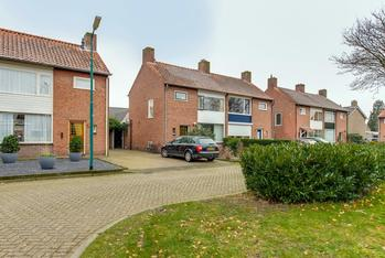 Parklaan 8 in Prinsenbeek 4841 GN
