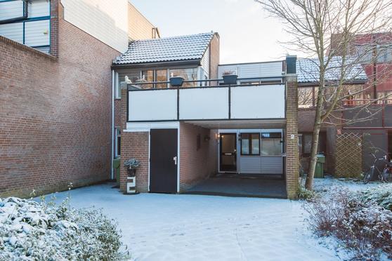 Basserhof 2 in Heerhugowaard 1703 EX