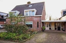 Klaproos 30 in Opmeer 1716 VS