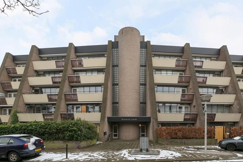 De Rozentuin 81 in Eindhoven 5611 SZ
