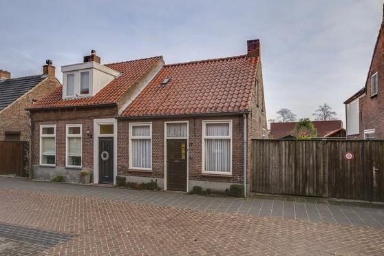 Lindenlaan 17 in Deurne 5751 AW