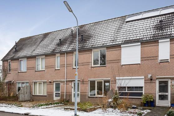 Edelenburg 46 in Hoofddorp 2135 EE
