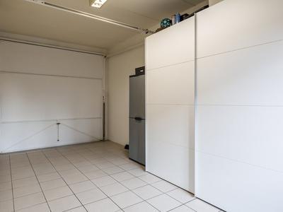 Loenhorst 25 in Alphen Aan Den Rijn 2402 LV