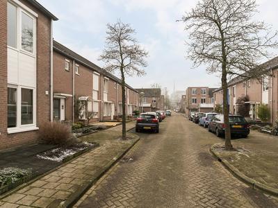 Christina Bakker-Van Bossestraat 32 in Eindhoven 5612 SB
