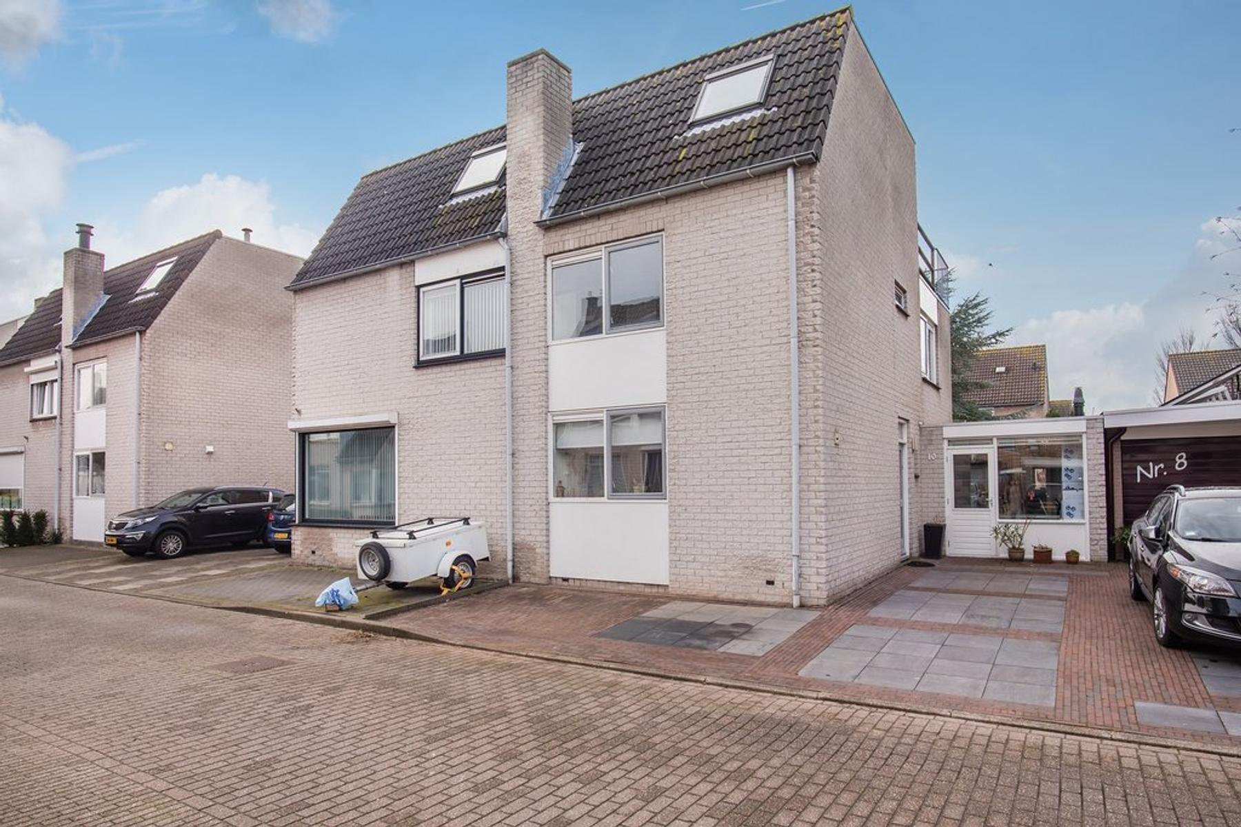Joke Smitlaan 10 in Vlissingen 4385 JJ