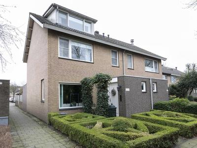 Klaroenring 179 in Etten-Leur 4876 ZE