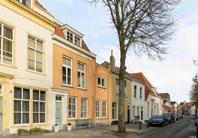 Moeregrebstraat 80 in Bergen Op Zoom 4611 JD